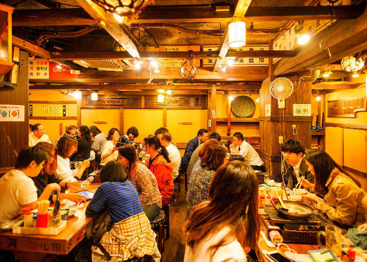 Luxury Restaurants and Nightclubs in Ginza District